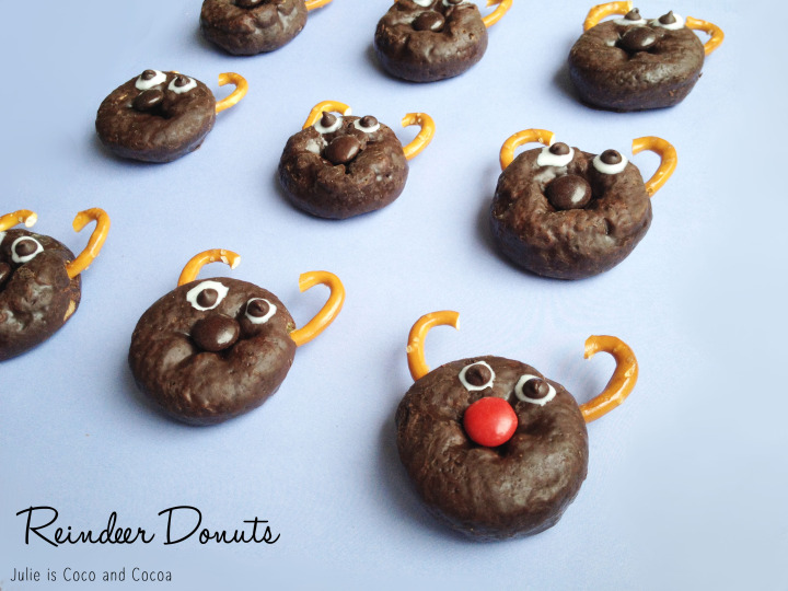 reindeer rudolph holiday donuts