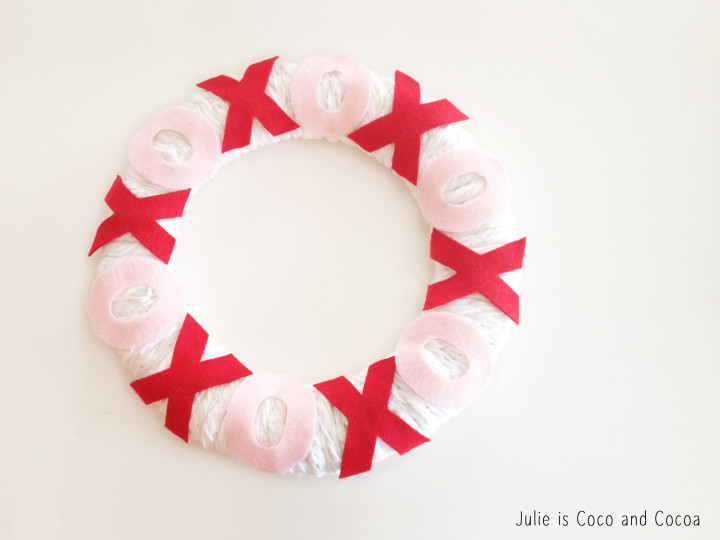 Hugs and Kisses XOXO Valentine's Day Wreath