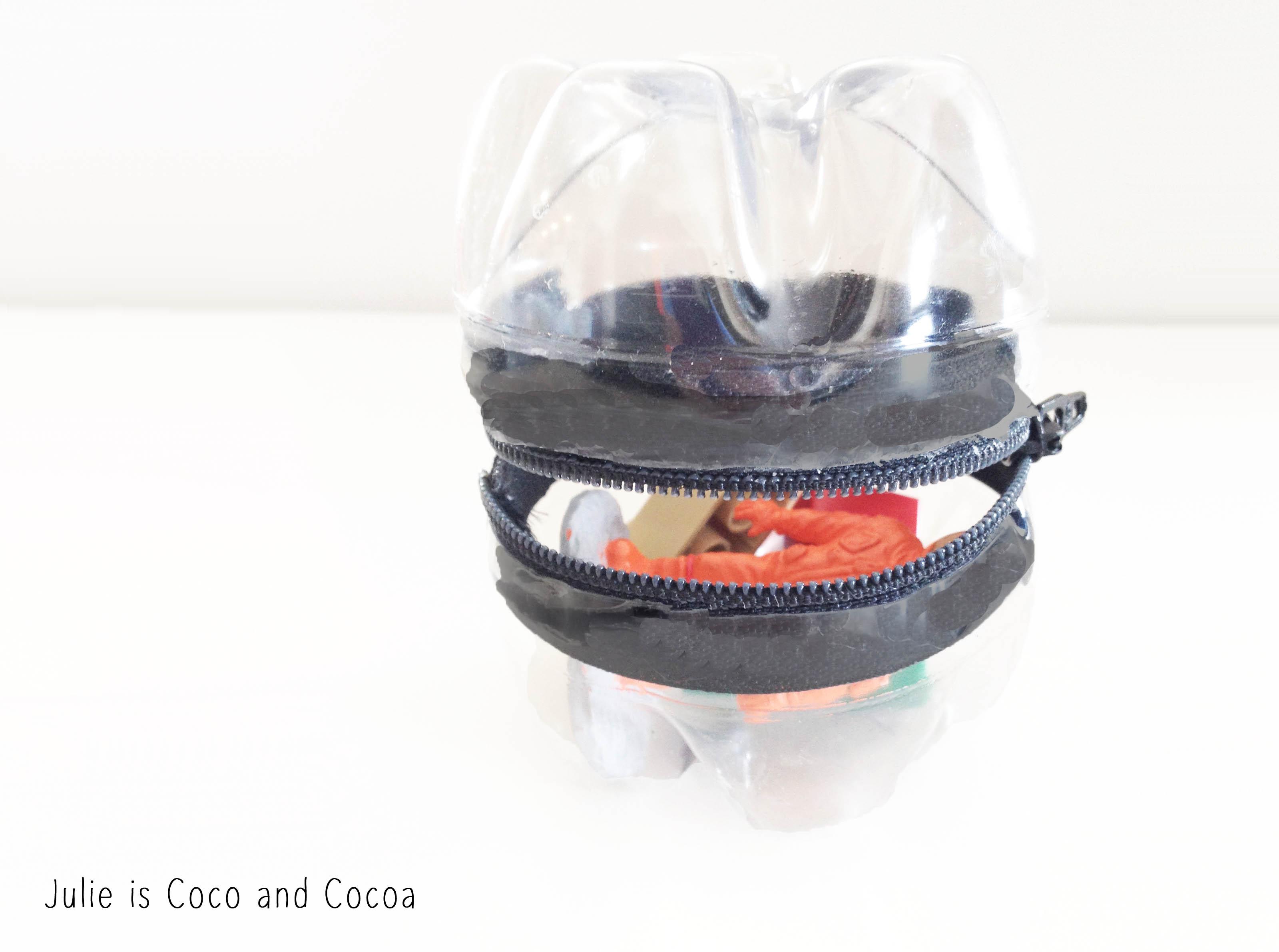 zipper plastic bottle container