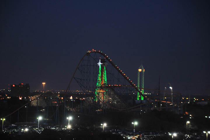 Texas Christkindl Market Skyline Six Flags Over Texas