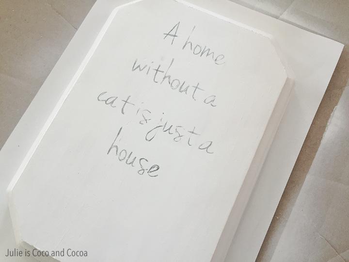 iams cats pawprint text
