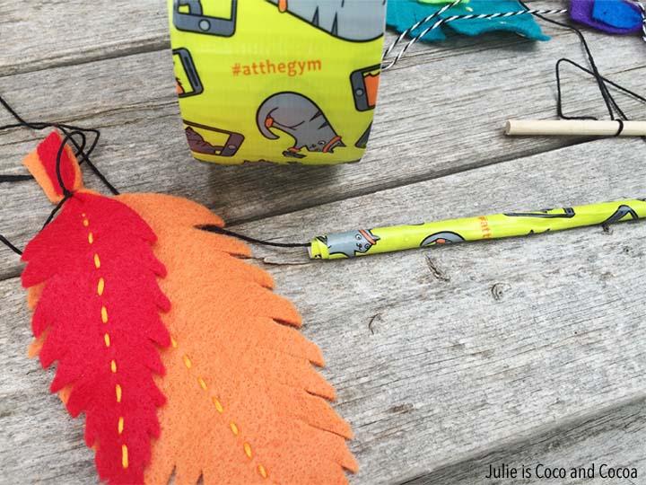 Felt Feather Cat Toy DIY