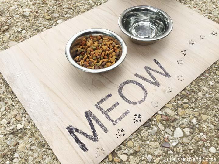 DIY Pet Placemat MEOW