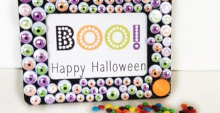 BOO! Happy Halloween Googly Eye Frame DIY