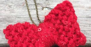 DIY Knit Bow Necklace