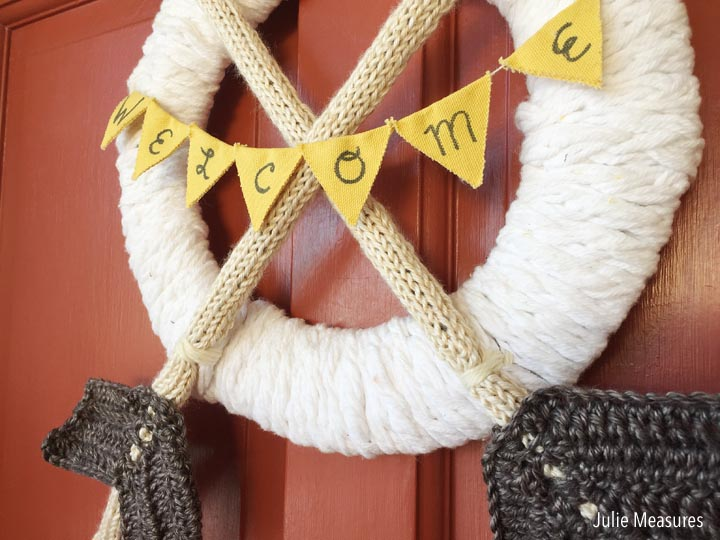 Yarn Arrow Wreath