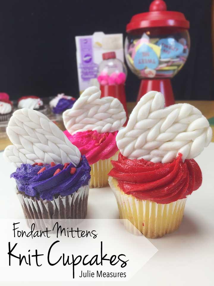 Knit Cupcakes Fondant Mittens