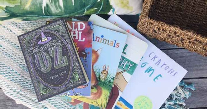Make a Book Basket for Your Reading Roadtrip