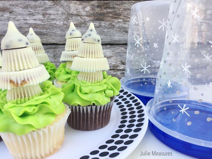 DIY Snow Globe Cupcake Holder