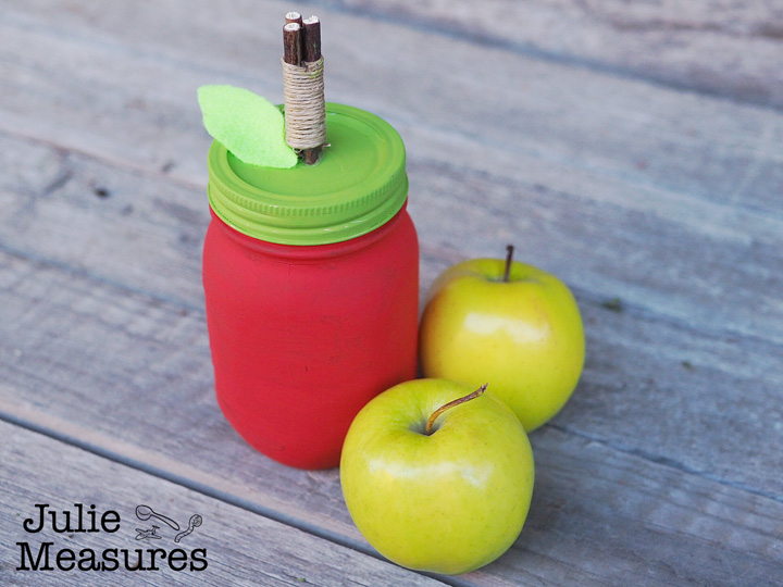 Painted Apple Mason Jar – It's a Bushel of Fun!