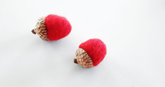 DIY Felted Acorns Are Perfect For Fall