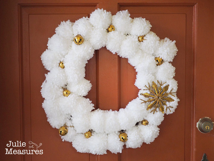 Golden Jingle Bell Christmas Wreath