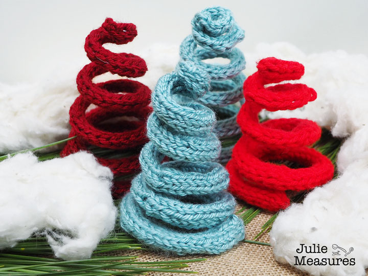 Knit Christmas Tree