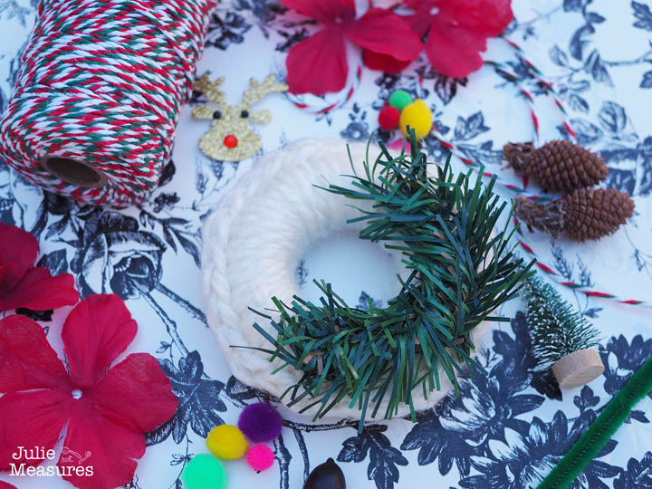Vintage Wreath Ornament