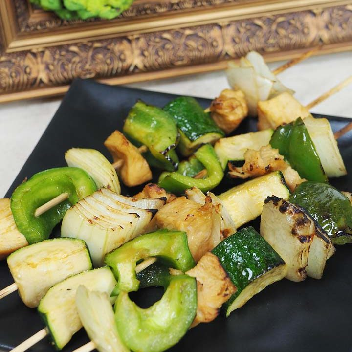 honey lime grilled chicken and veggie skewers