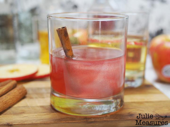 Sparkling Cranberry Cinnamon Mocktail
